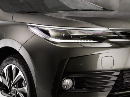 Áprilistól jön az új Toyota Corolla