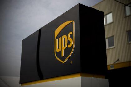 A UPS megduplázta 2020-as szén-dioxid-intenzitási célkitűzését