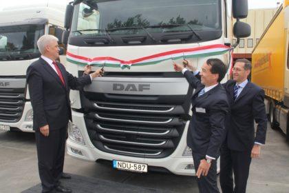 Bővítés és korszerűsítés DAF XF vontatókkal