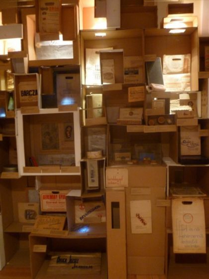 Emlékkiállítás idézte fel az első hazai dobozgyár történetét