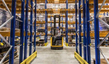 Hosszú vagy terjedelmes áruk problémamentes kezelése a raktárban