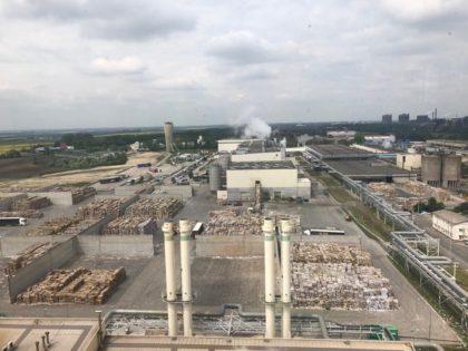 Gyárlátogatás Európa egyik legmodernebb hullámalappapír-üzemében