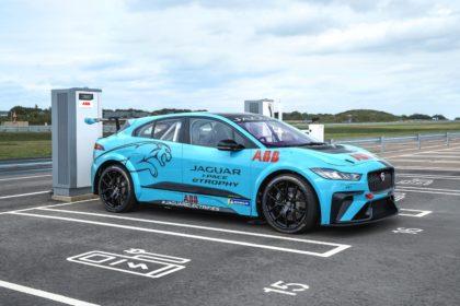 Jaguar I-PACE eTROPHY bajnokság hivatalos járműtöltési partnere az ABB