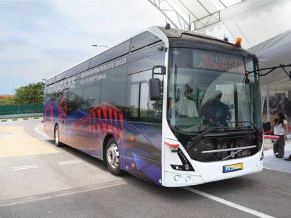 Önvezető elektromos autóbuszt tesztelnek Szingapúrban