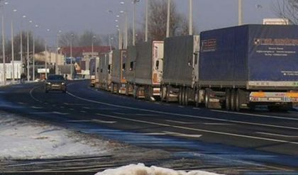 Korlátozzák a teherforgalmat Tokaj környékén