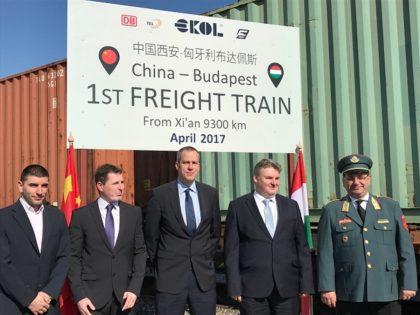 Megérkezett az első közvetlen teherszállító vonat Kínából