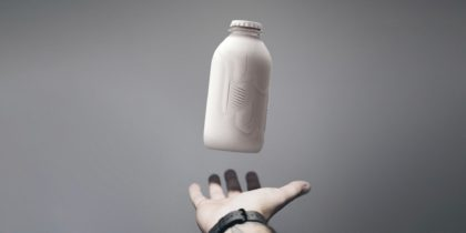 Újrahasznosított csomagolásba fektet a Coca-Cola
