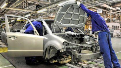 Hibridre vált az esztergomi Suzuki