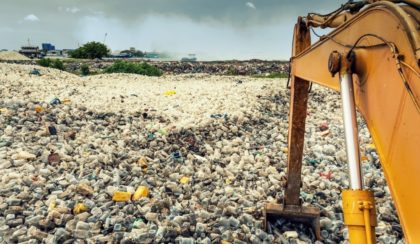 Nagyot dob a műanyag-birodalom
