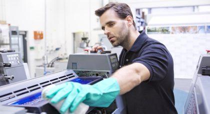 Többször felhasználható ipari törlőkendők a MEWA-tól