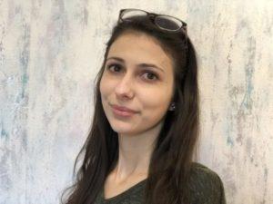 Mérai Fruzsina : szerkesztőségi titkár