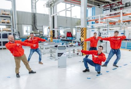 Kézfertőtlenítő automatát fejlesztett az Audi