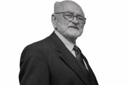 Elhunyt a CSAOSZ alapító elnöke, Dr. Debreczeny István