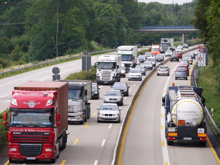 közúti szállítás