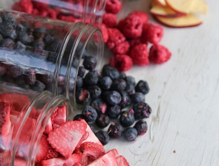 fagyasztva szárított gyümölcsök