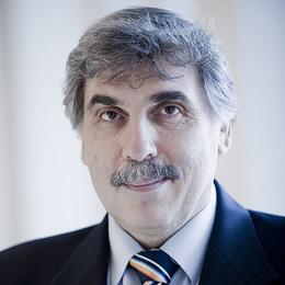 A szakmáért életműdíj Magyar Béla CSAOSZ
