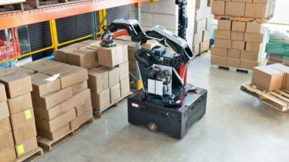 Újabb robot teszi hatékonyabbá a raktári munkát