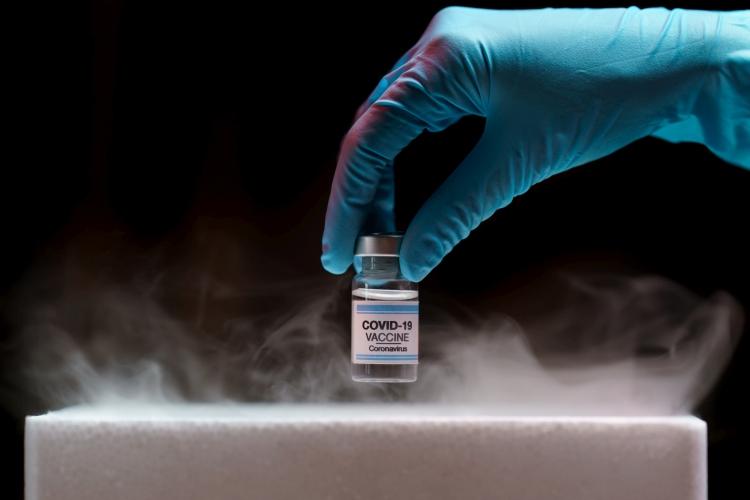 koronavírus vakcina hűtés vákuum