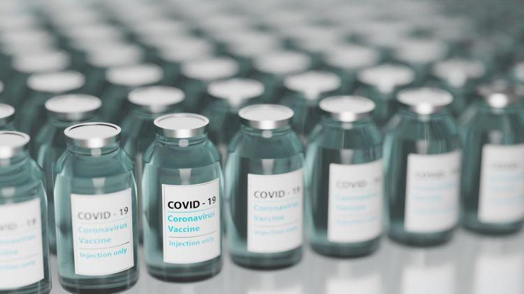 vakcina csomagolás logisztika koronavírus