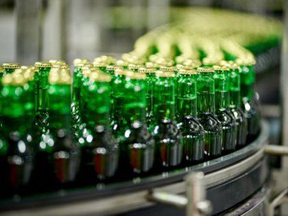 Hamarosan polcokra kerülhet a világ legkönnyebb sörösüvege