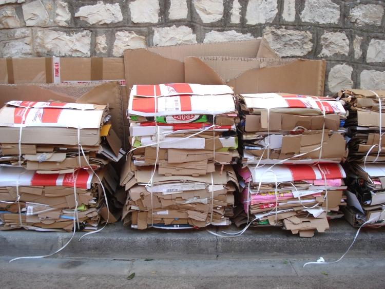 papír kartonbála papírgyűjtés